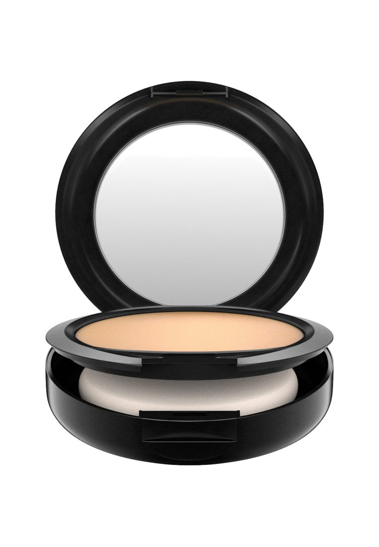 MAC STUDIO FIX POWDER PLUS FOUNDATION - Foundation - nc25