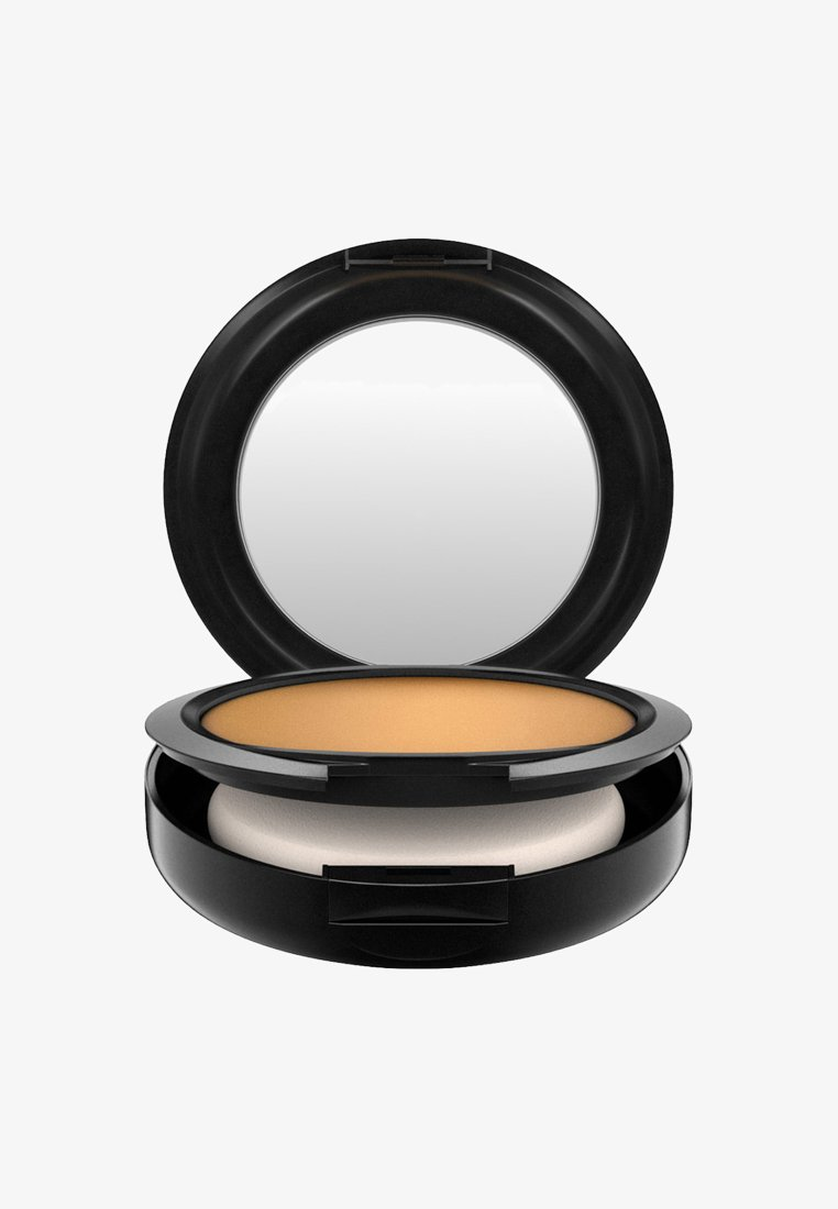 MAC - STUDIO FIX POWDER PLUS FOUNDATION - Foundation - nc50