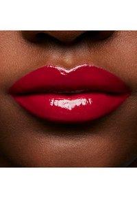 MAC - PATENT PAINT LIP LAQUER - Lip gloss - slick flick - 4