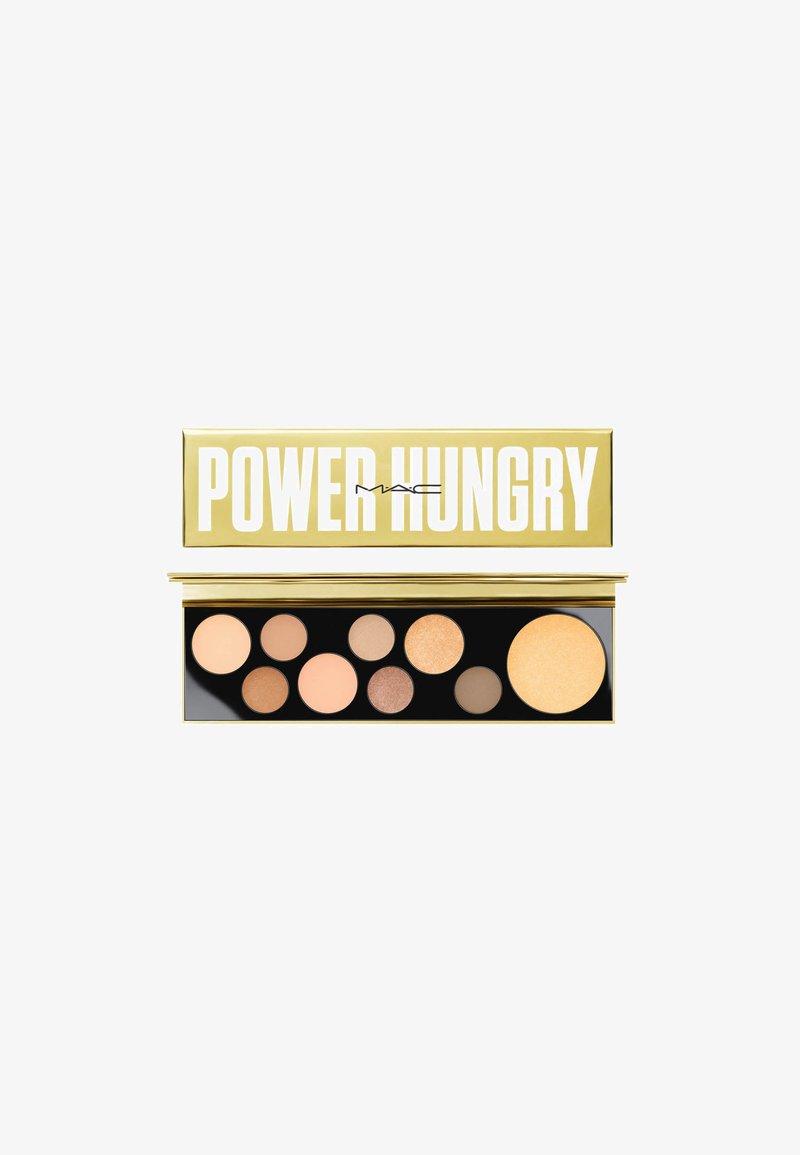 MAC - M·A·C GIRLS EYESHADOW PALETTE - Oogschaduwpalet - power hungry
