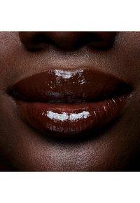 MAC - LIPGLASS - Lip gloss - low-cut - 3