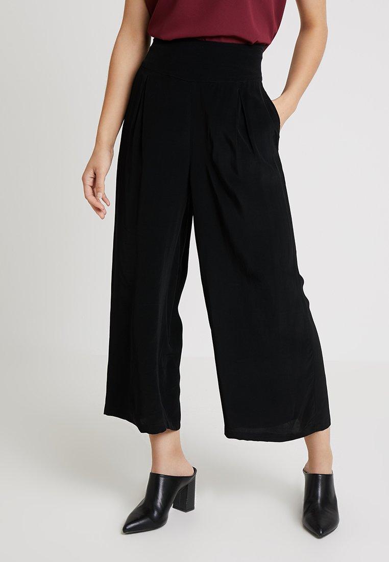 Masai - PUSNA CULOTTE - Trousers - black