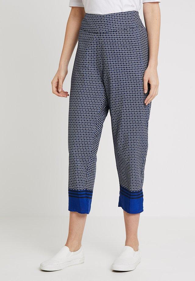 PRUNEL CULOTTE - Trousers - blue