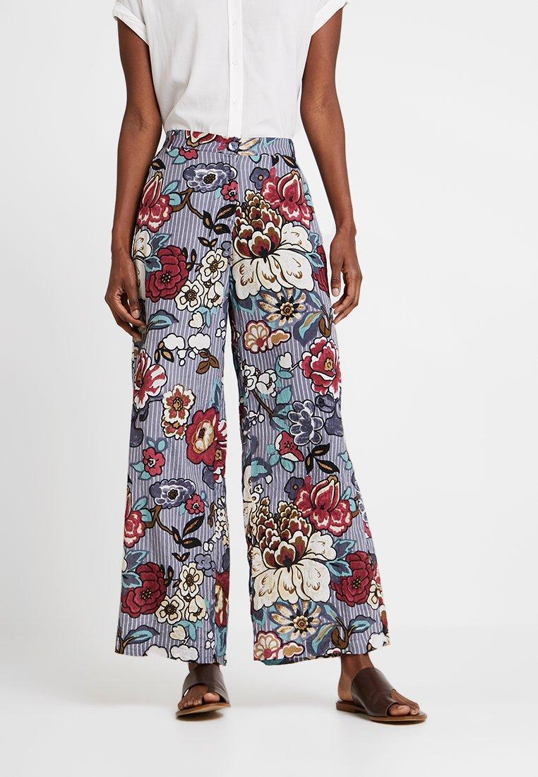 Masai - PERINUS TROUSERS - Pantalones - flint