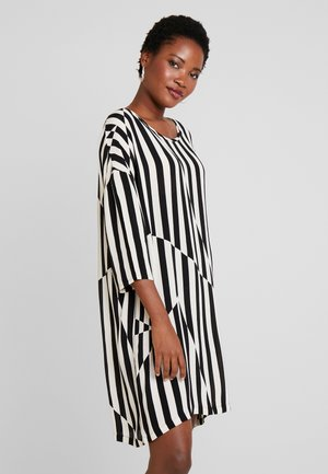 NITASSA DRESS - Vardagsklänning - black