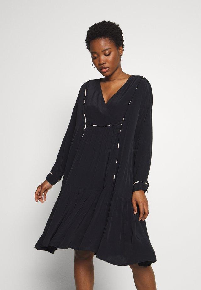 NABA - Day dress - black