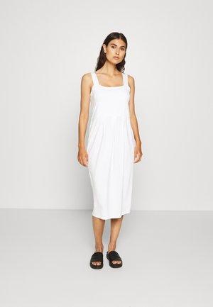 ODELIA - Jerseyklänning - cream
