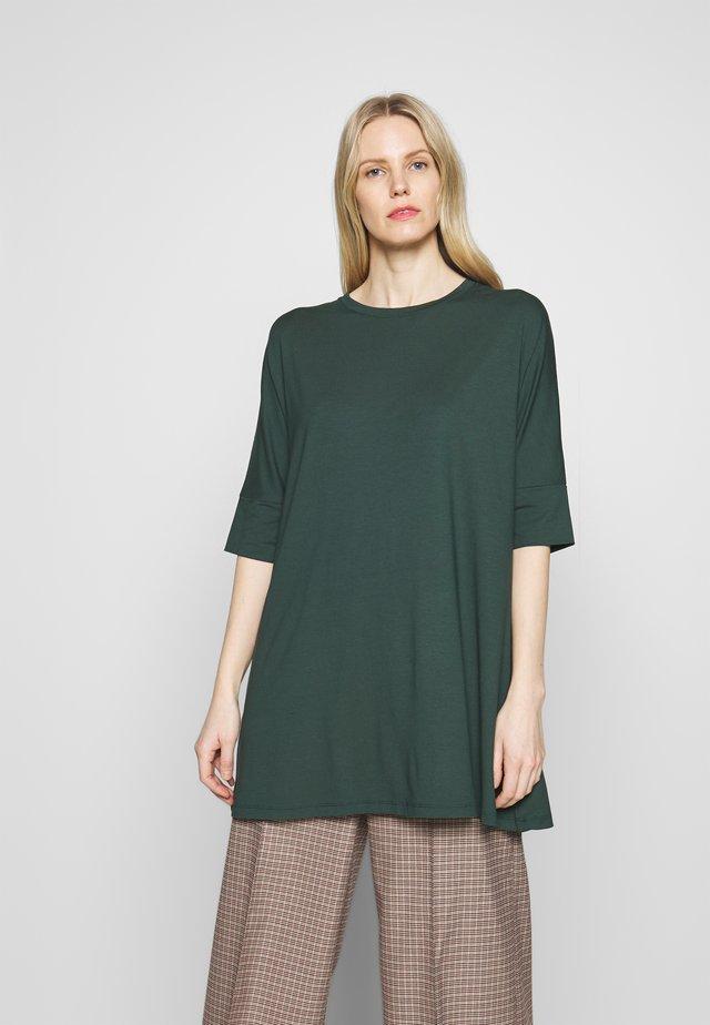 GAE - Langærmede T-shirts - darkest spruce