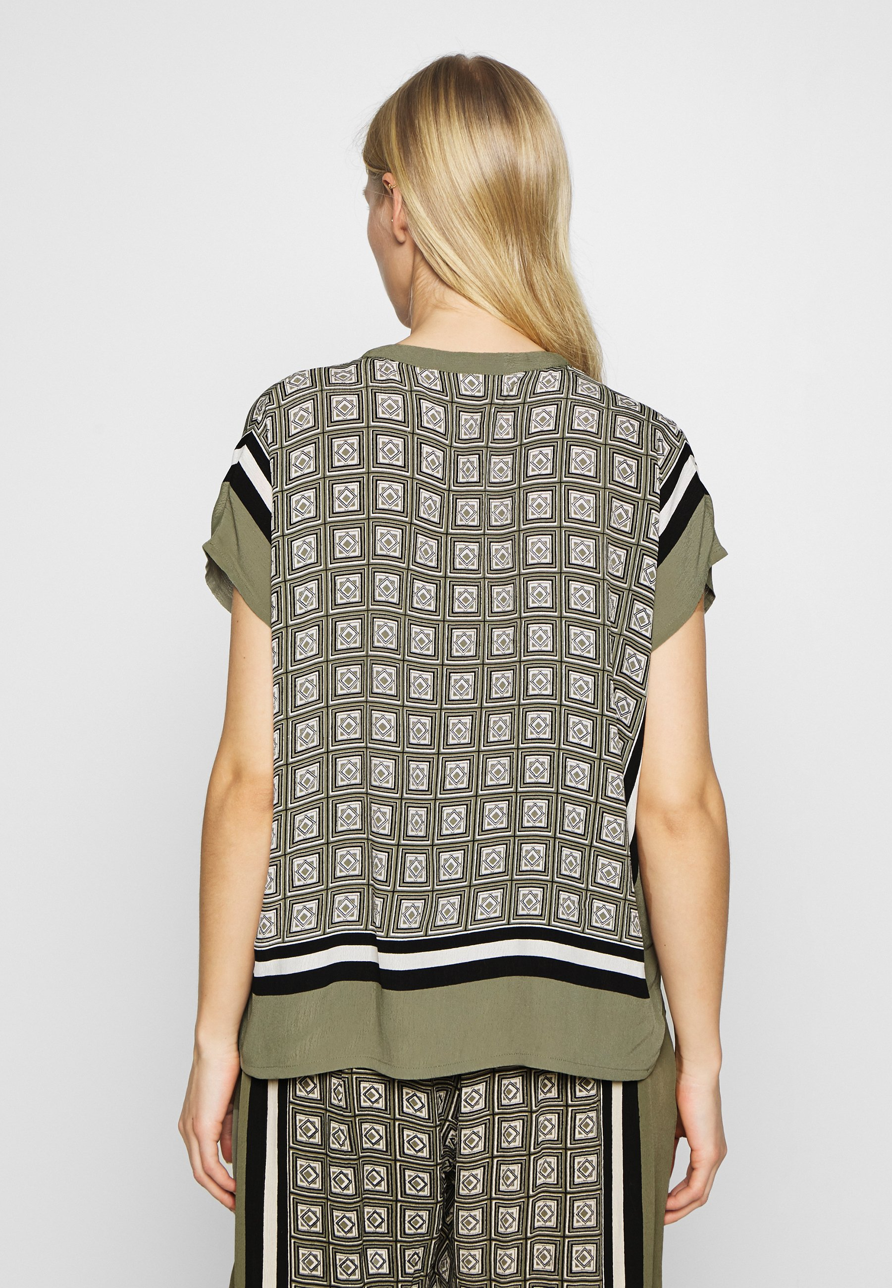 Masai Earleen - Bluse Olive Black Friday
