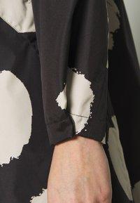 Masai - TINE - Halflange jas - black - 5