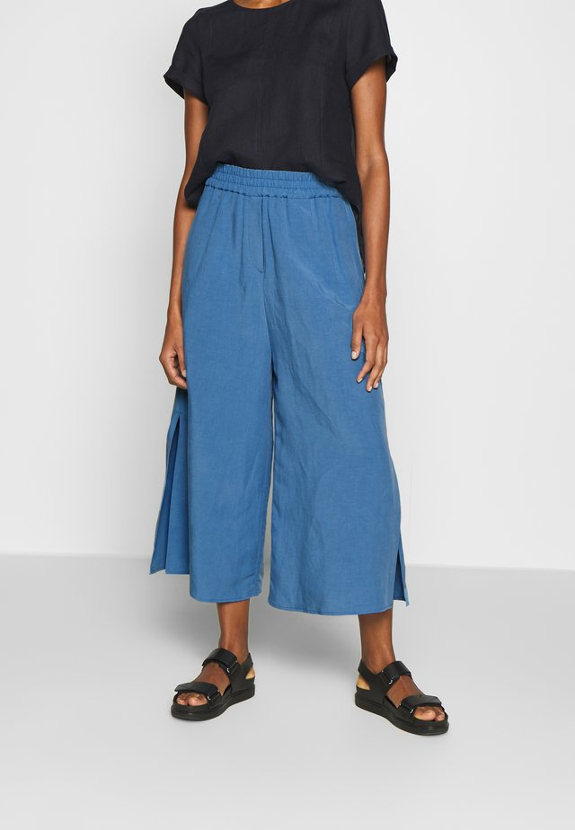 CULOTTES WIDE LEGRELATED ELASTIC WAISTBAND - Pantalones - horizon blue