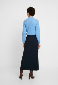Marc O'Polo PURE - SKIRT LONG BUTTONS SIDE SLIT - Jupe portefeuille - pure navy - 2