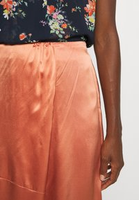 Marc O'Polo PURE - SKIRT - Gonna a campana - smooth rosewood - 5