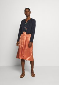 Marc O'Polo PURE - SKIRT - Gonna a campana - smooth rosewood - 1