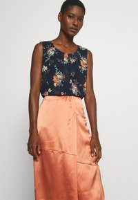Marc O'Polo PURE - SKIRT - Gonna a campana - smooth rosewood