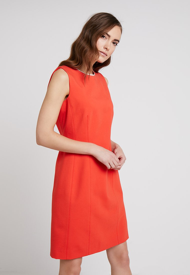 Marc O'Polo PURE - DRESS MODERN STYLE PIPING - Shift dress - strong scarlet