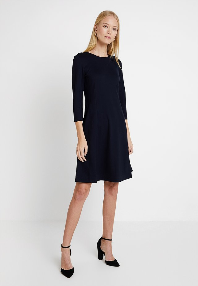 DRESS X RAY SHAPE CROPPED - Jerseyklänning - pure navy
