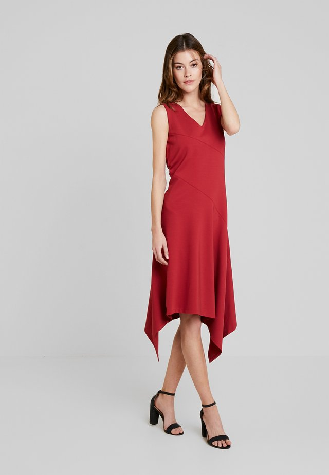 DRESS - Jerseyjurk - varnish red