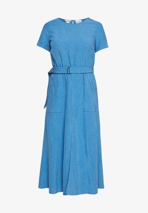 DRESS ASHAPE DRING BELT - Denní šaty - horizon blue