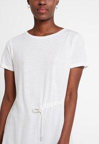 Marc O'Polo PURE - SHORT SLEEVE LONG BODY - T-shirt print - clear white - 4