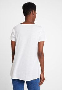 Marc O'Polo PURE - SHORT SLEEVE LONG BODY - T-shirt print - clear white - 2