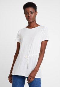 Marc O'Polo PURE - SHORT SLEEVE LONG BODY - T-shirt print - clear white - 0