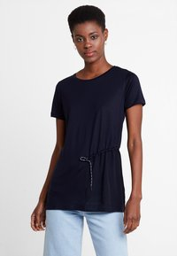 Marc O'Polo PURE - SHORT SLEEVE LONG BODY - Camiseta estampada - pure navy - 0