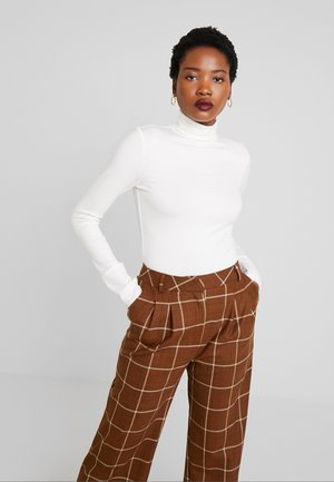 LONG SLEEVE TURTLE NECK - Long sleeved top - clear white