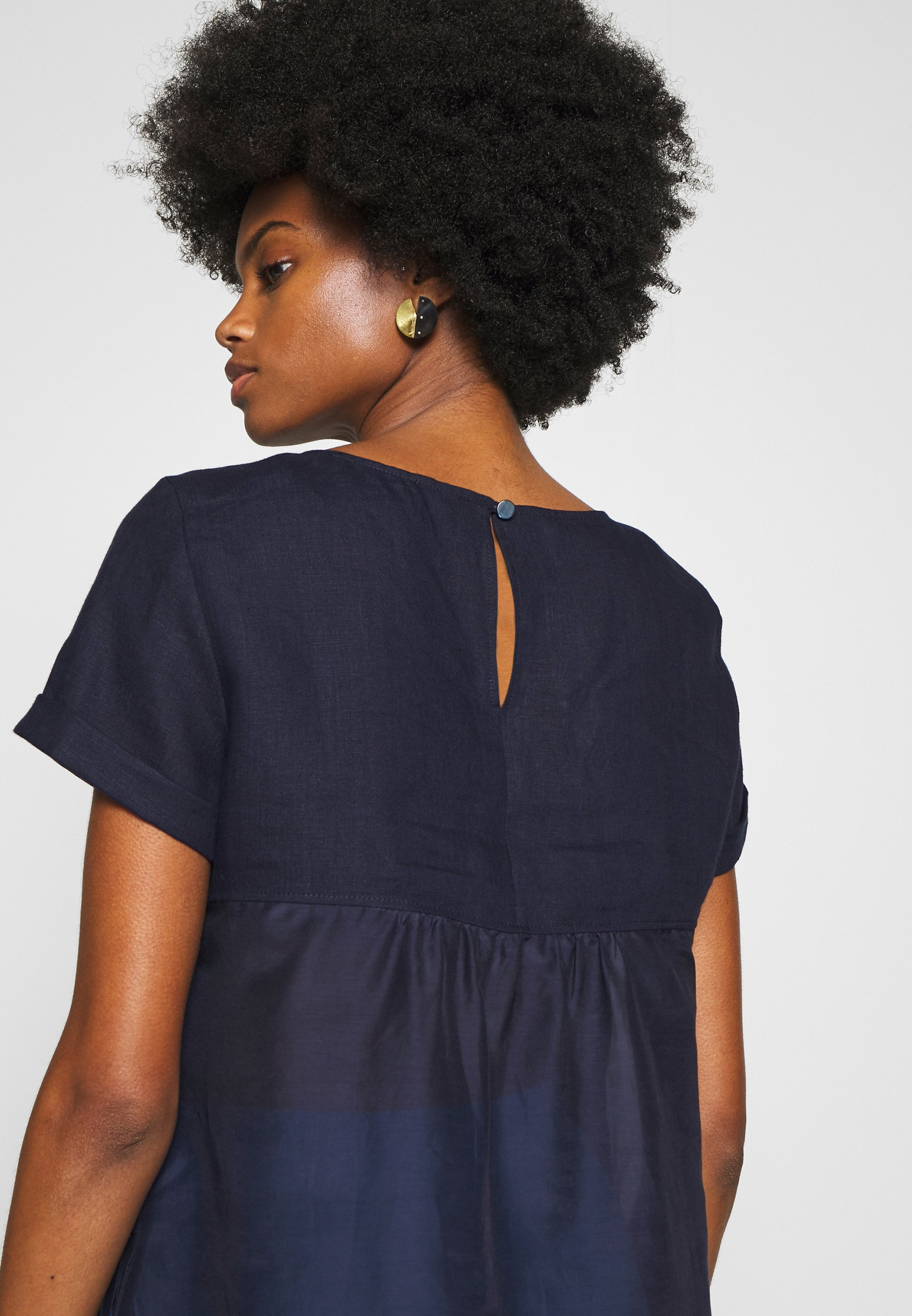 Marc O'Polo PURE SHORT SLEEVE LOOSE FIT HYBRID STYLE - Bluzka - pure navy