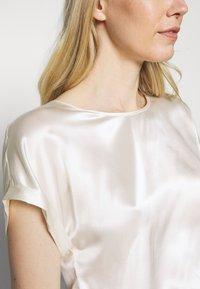 Marc O'Polo PURE - BLOUSE SHORT SLEEVE - Camicetta - natural white - 5