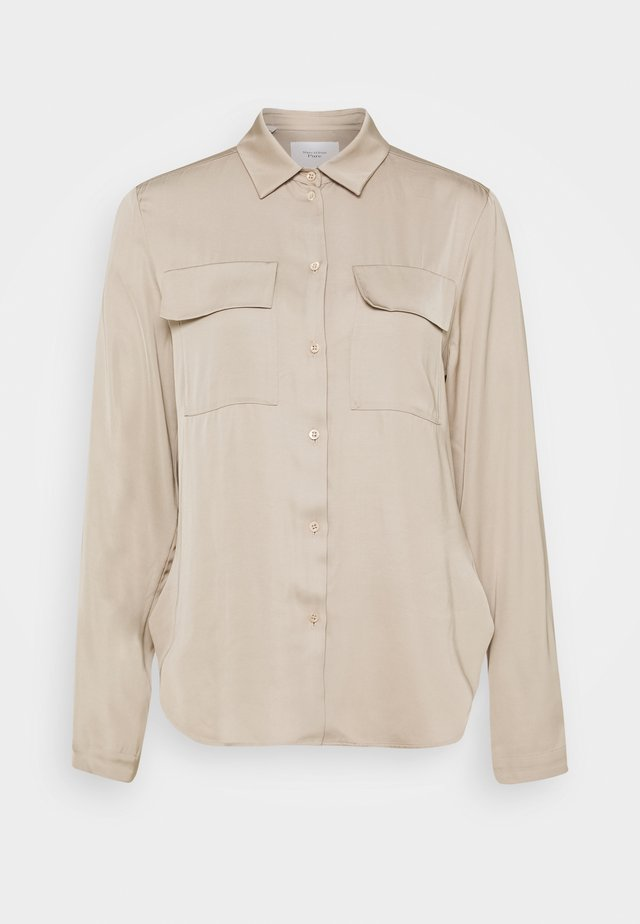 CARGO BLOUSE LONG SLEEVES CHEST POCKETS - Camisa - latte macchiato