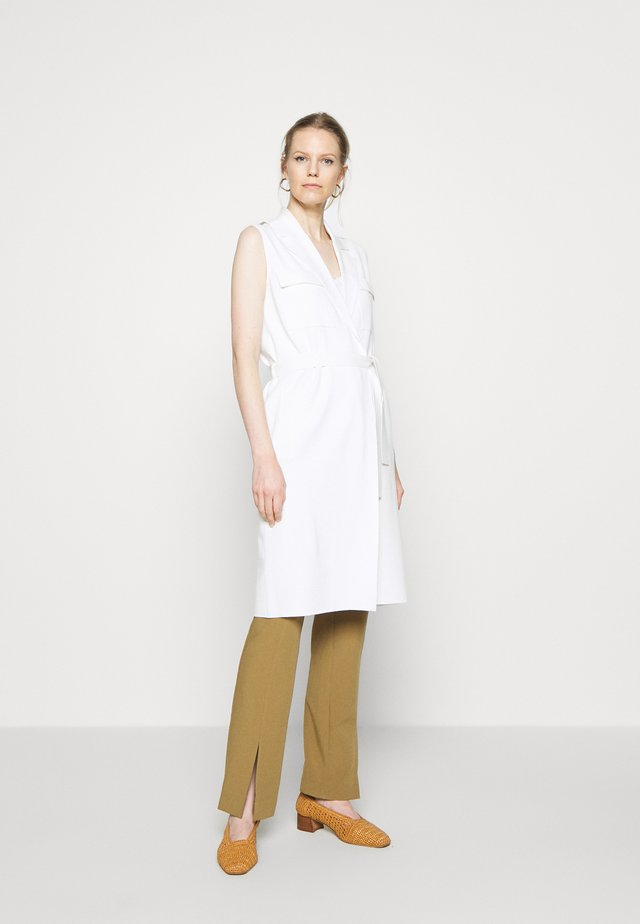 HEAVY SLEEVELESS - Kamizelka - natural white
