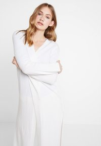 Marc O'Polo PURE - LONG SLEEVE SLIT ON SIDE - Cardigan - natural white - 3