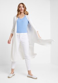 Marc O'Polo PURE - LONG SLEEVE SLIT ON SIDE - Cardigan - natural white - 1