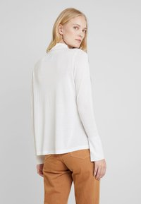 Marc O'Polo PURE - LONG SLEEVE DRAPY NECK - Pullover - natural white - 2
