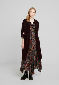 Marc O'Polo PURE - CARDIGAN STRAIGHT FIT OVER KNEE - Neuletakki - deep plum - 1