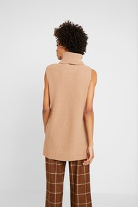 Marc O'Polo PURE - INDOOR  SLEEVELESS - Topper - pure camel - 2