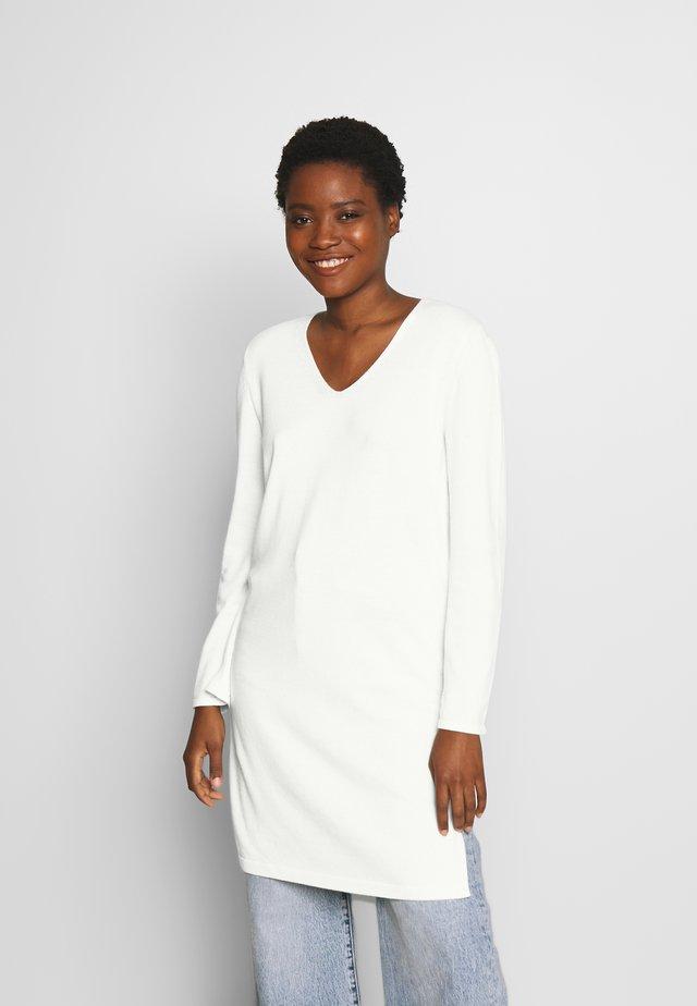 LONG DRESS, ZIPPER DETAILS, HIGH SIDE SLITS - Neule - natural white