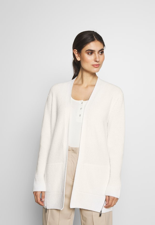 LONG SLEEVE ZIPPER DETAILS - Strikjakke /Cardigans - natural white