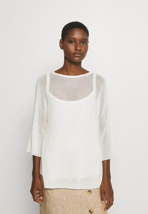 NET STRUCTURE SLIT DETAIL AT SIDESEAM LOSSE FIT - Maglione - natural white