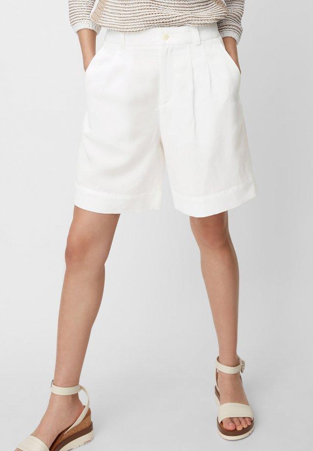 MARC O'POLO PURE SHORTS - Shorts - clear white