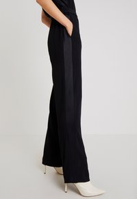 Marc O'Polo PURE - OVERALL SHORT SLEEVE WIDE LEG - Jumpsuit - pure black - 3