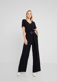 Marc O'Polo PURE - OVERALL SHORT SLEEVE WIDE LEG - Jumpsuit - pure black - 0