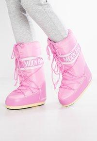 Moon Boot - Zimní obuv - pink - 0