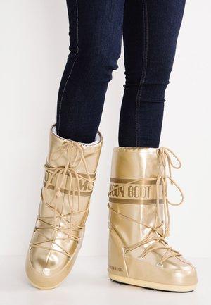 Zimní obuv - gold