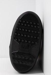Moon Boot - GLANCE - Zimní obuv - black - 6