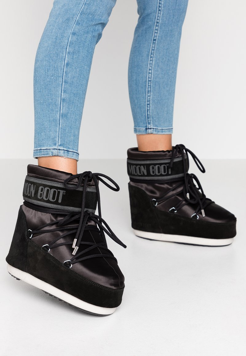 Moon Boot - CLASSIC LOW  - Zimní obuv - black