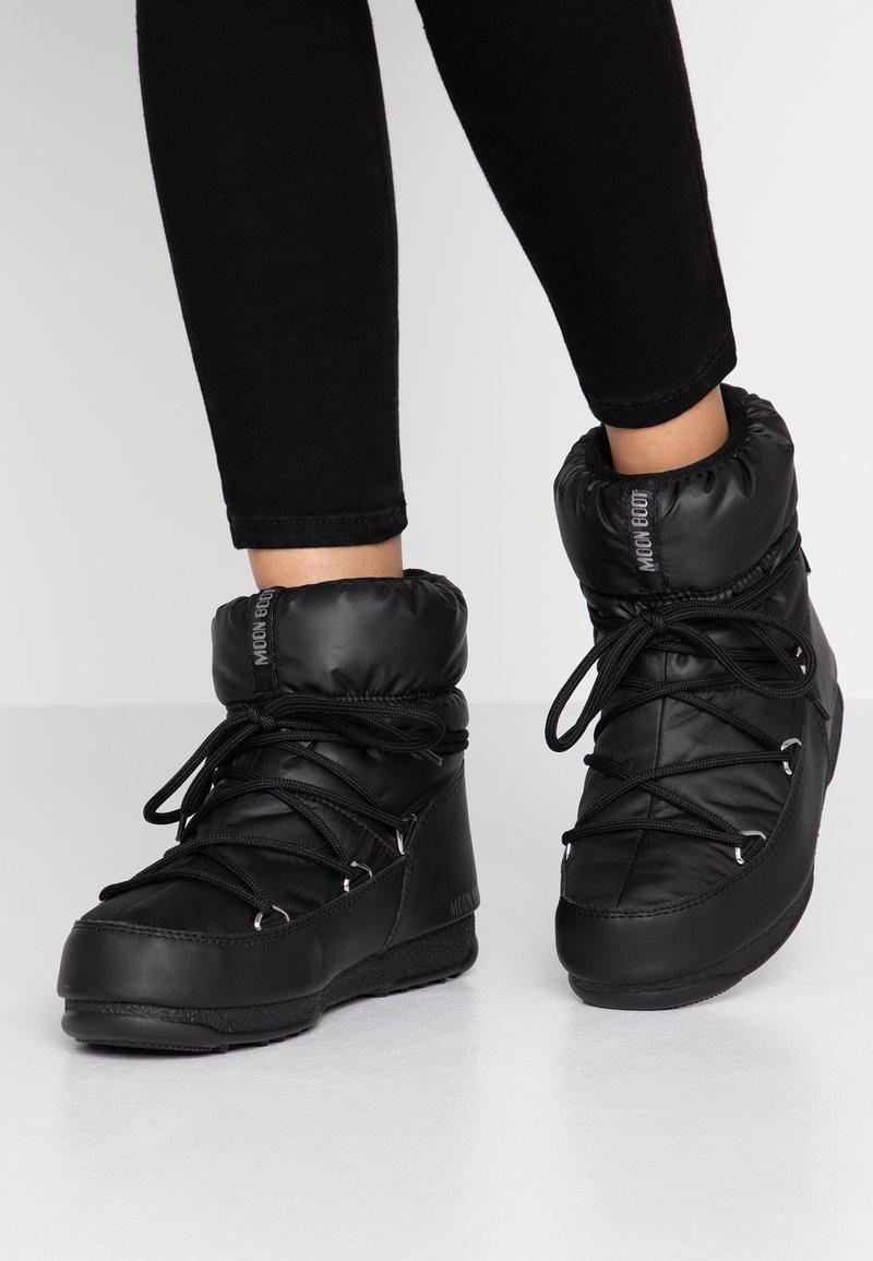 Moon Boot - LOW  WP - Snowboot/Winterstiefel - black