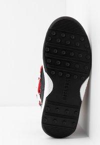 Moon Boot - GIRL LADYBUG WP - Nauhalliset saappaat - black/white/red - 5