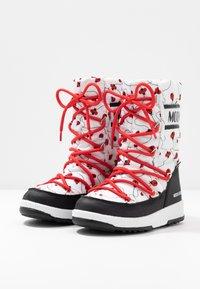 Moon Boot - GIRL LADYBUG WP - Nauhalliset saappaat - black/white/red - 3